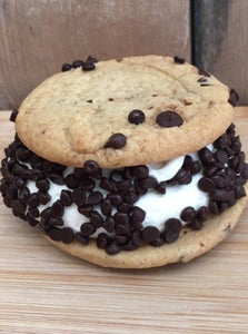 Ice Cream Cookie Sandwich (Snow's Snowich)