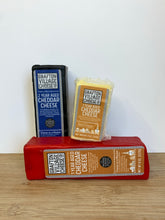 Load image into Gallery viewer, Cheddar (Grafton Village Cheese)