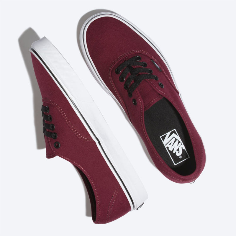 Zapatilla Authentic Port Royale Black