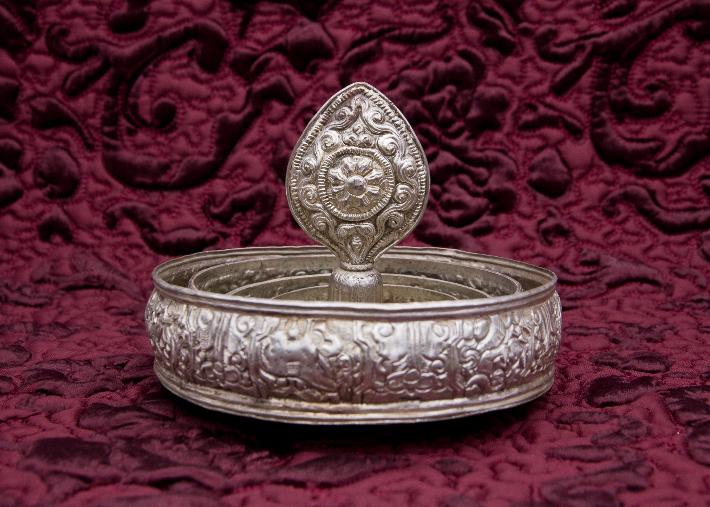 Silver Embossed Mandala Set