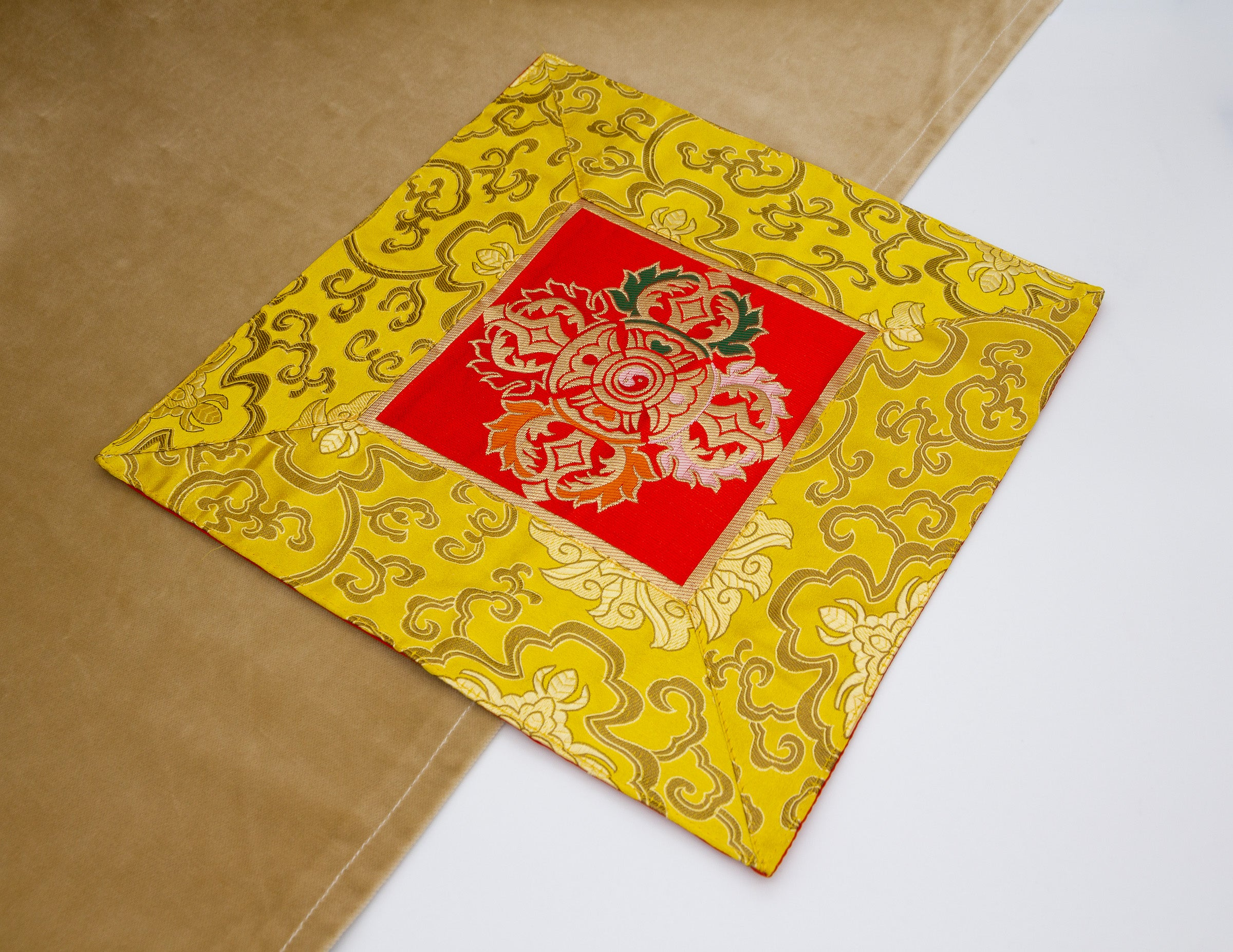 Square Brocade Cloth / Bell & Dorje Mat – Yellow & Red