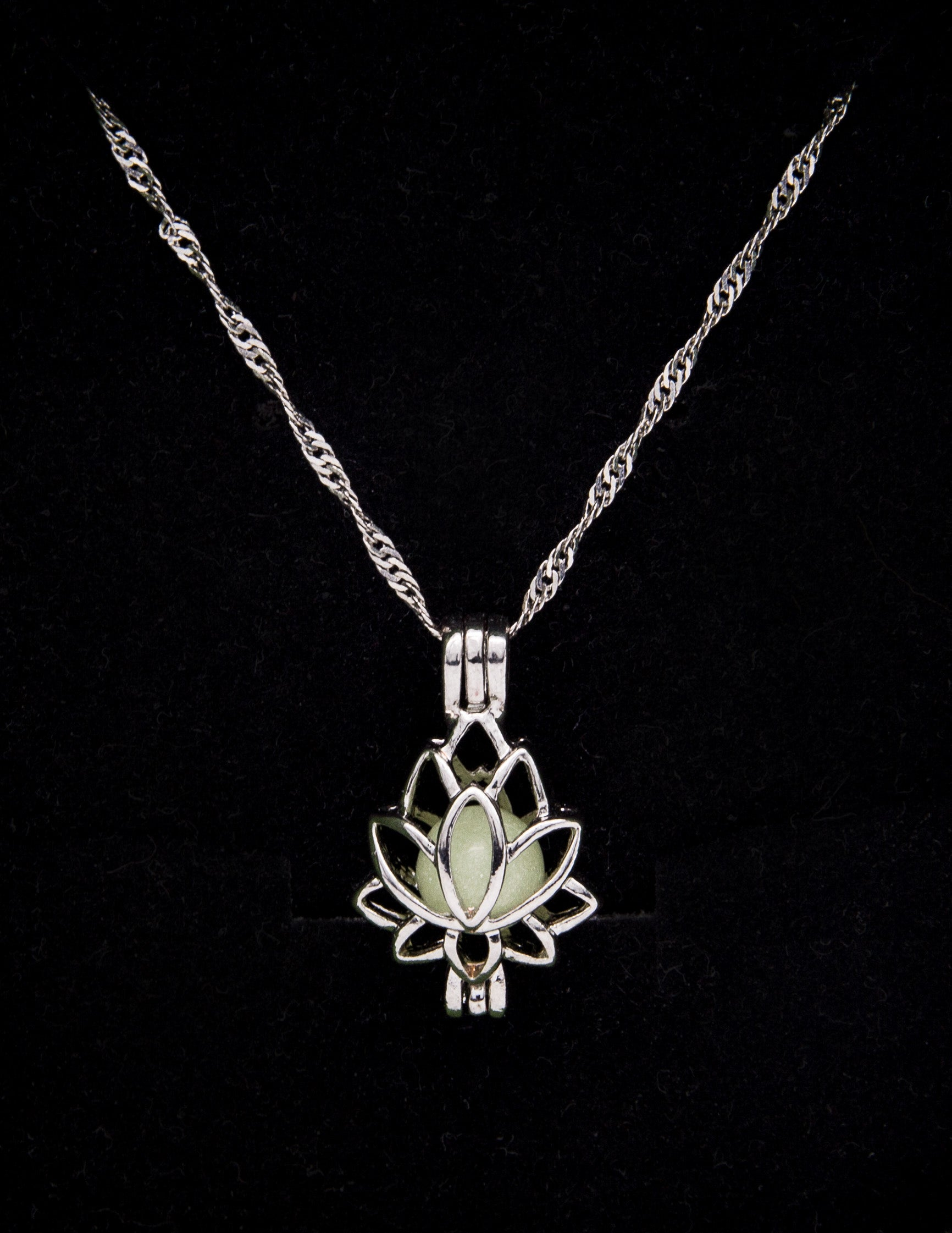 Lotus Necklace with Radiating Gemstone