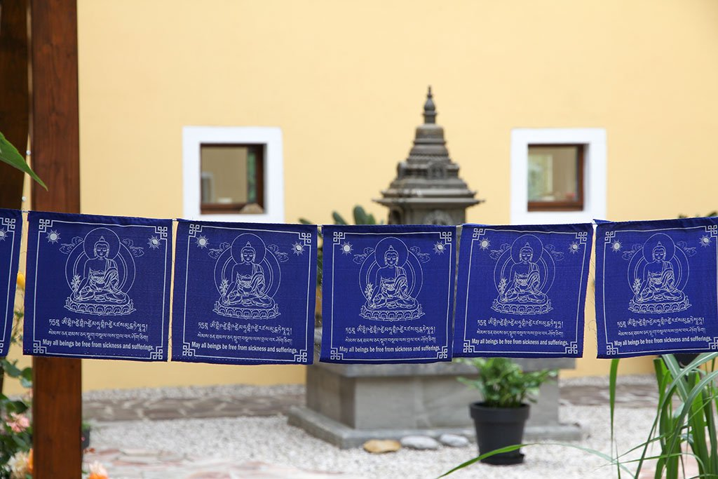 Medicine Buddha Prayer Flags, 20x20cm
