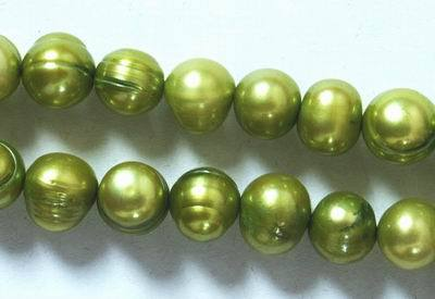 Lush Olive-Green Pearl String - 9mm