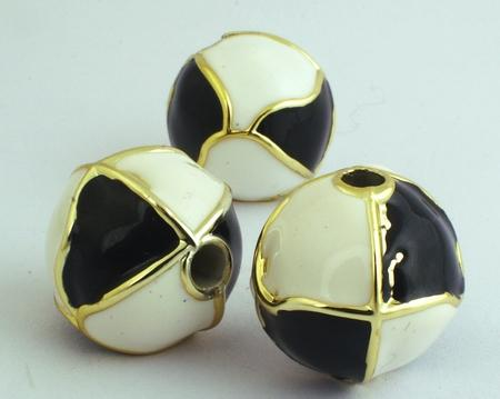 4 Large Shiny Black & White Acrylic Beads