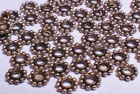 100 Victorian Wheel Silver Bead Spacers