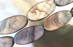 14 Shimmering Grey Flat Oval Mother-Of-Pearl Shell Beads