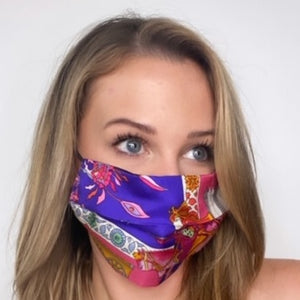 Authentic HERMÈS Vintage Fantasies Indiennes Silk Scarf Face Mask exclusively at VintageLuxeUp.com