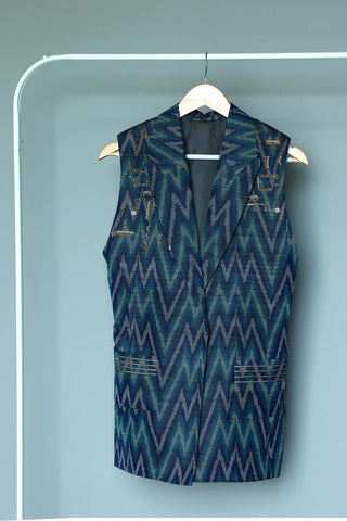 Sleeveless raw silk ikat chevron jacket