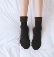 Load image into Gallery viewer, 1 Pair Winter Warm Female Thicken Thermal