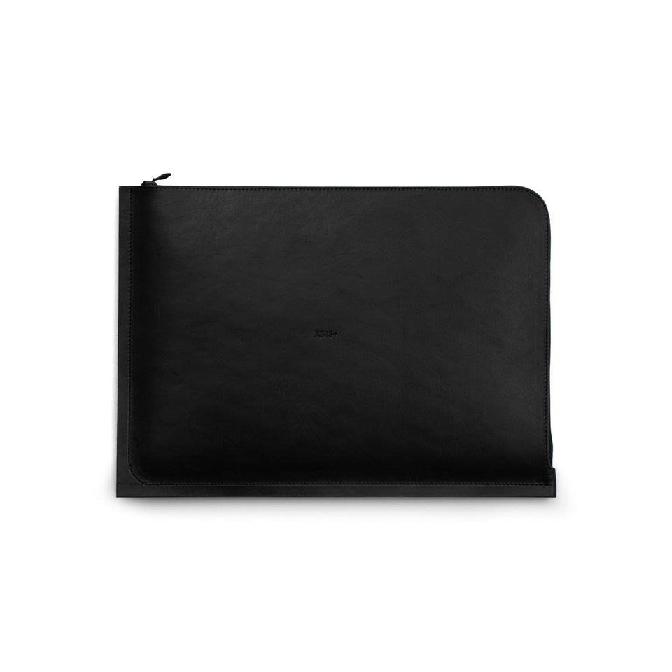 "C4+ Leather MacBook Pro 15"" Case Black"