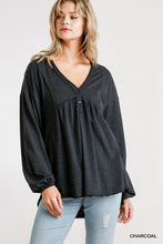 Load image into Gallery viewer, Confetti Detailed Long Puff Sleeve Babydoll Top With Button Front And Raw Hem