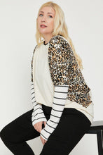 Load image into Gallery viewer, Plus Size Cheetah Print  Long Sleeve Top