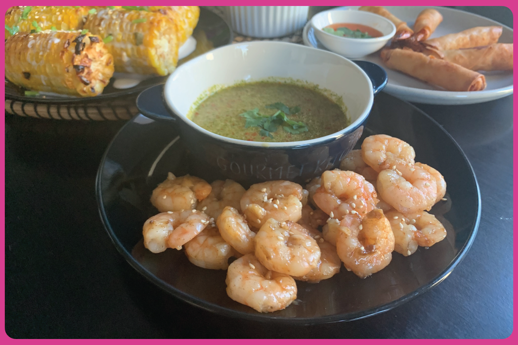 Thai dipping sauce and prawns