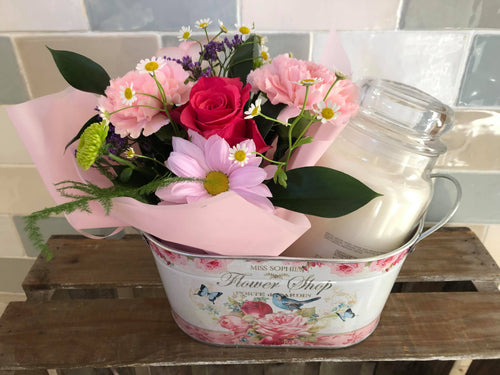 Flower & Yankee Candle Gift