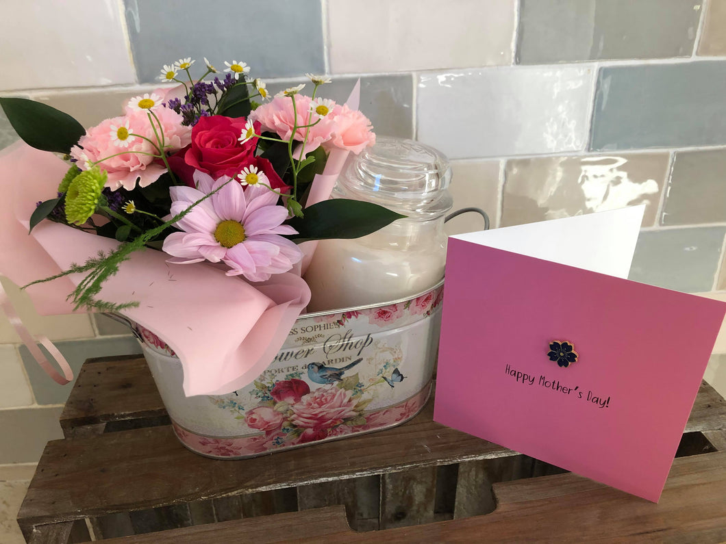Mother's Day Flower & Yankee Candle Gift with Keepsake pin badge card