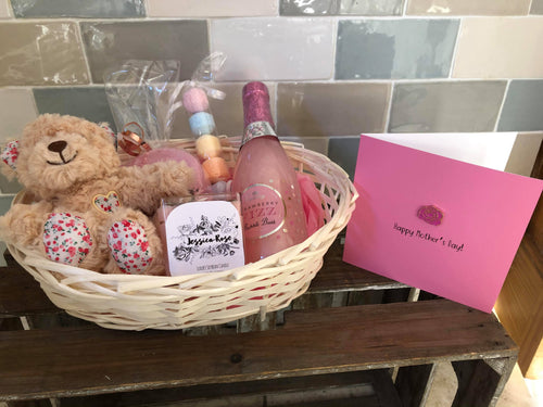 Mother's Day Hamper with Keepsake Pin Badge Card