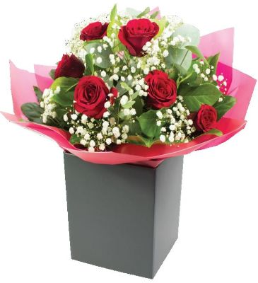6 red roses hand-tied