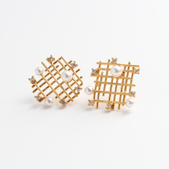 18K Asymmetrical Waffle Pearl Crystal Earrings - Silver Posts