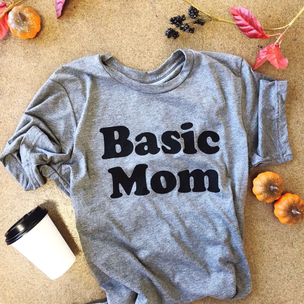 4 Graphic Tee Mom Costumes for Halloween