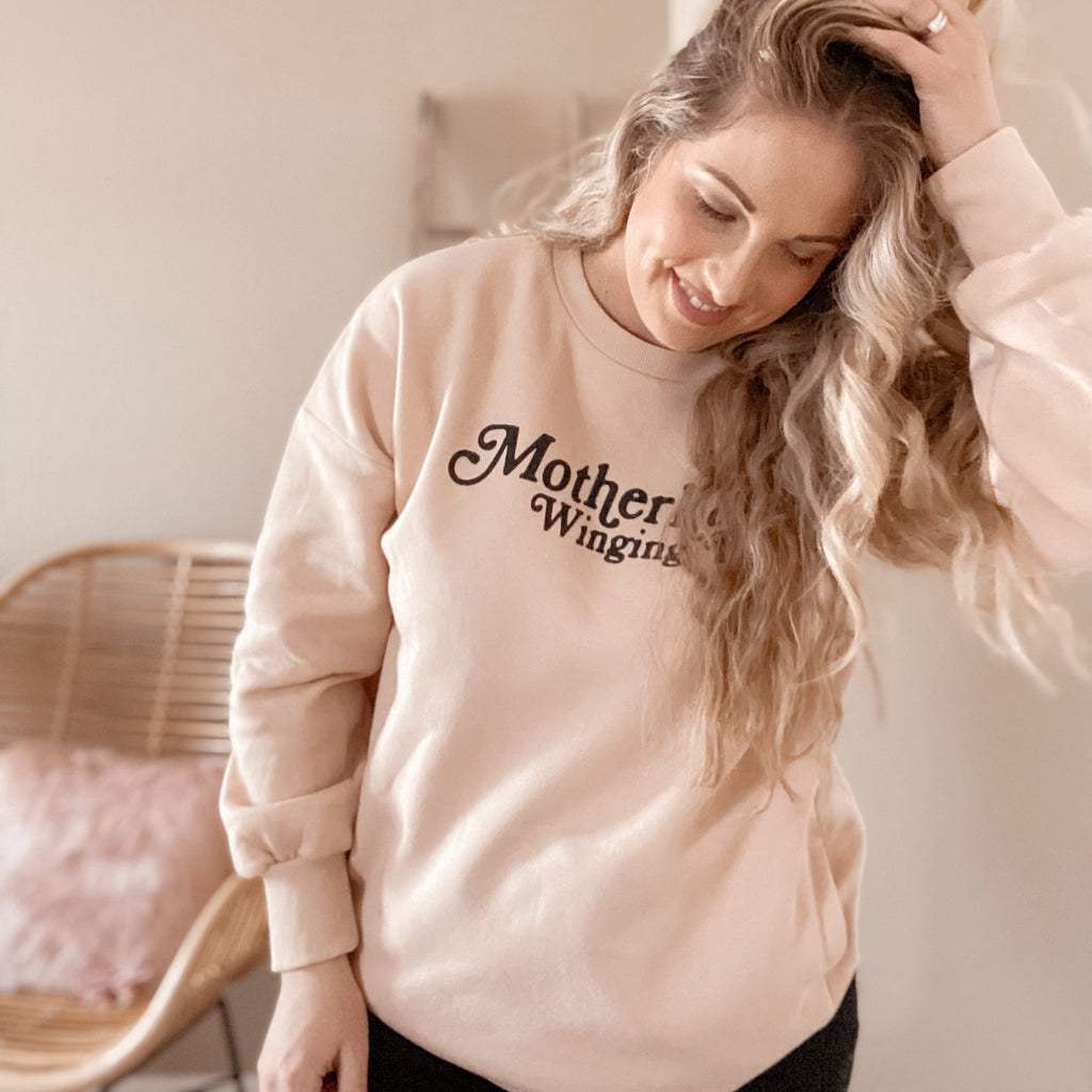 """Motherhood Winging It®"" Sweatshirt with pockets"
