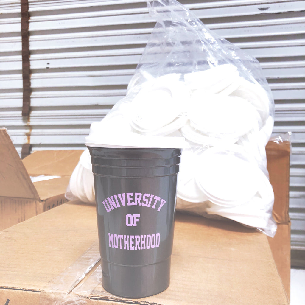 """University of Motherhood©"" Party Cup with lid 