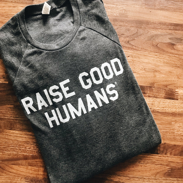 """RAISE GOOD HUMANS®"" lightweight Pullover"