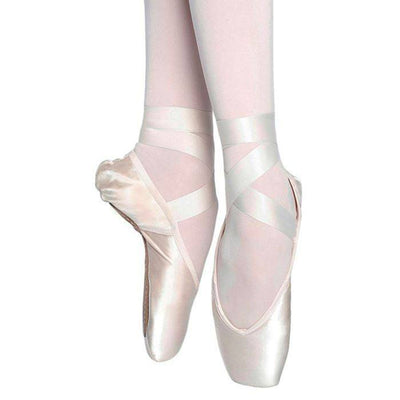 Russian Pointe: Pointe Shoe, Almaz FS