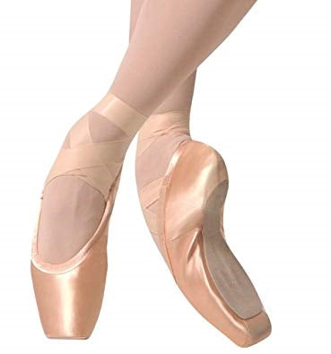 Gaynor Minden: Pointe Shoes, Sleek Fit - 8.5M 5 box ** LUXE Finish / Supple / LV LH - U.S. MADE