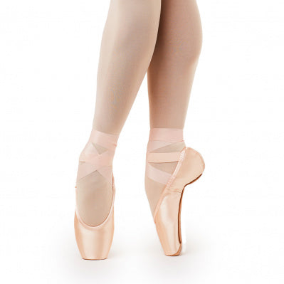 Gaynor Minden: Pointe Shoes, Classic Fit - 8.5M 3+ box / Supple / DV HH - U.S. MADE