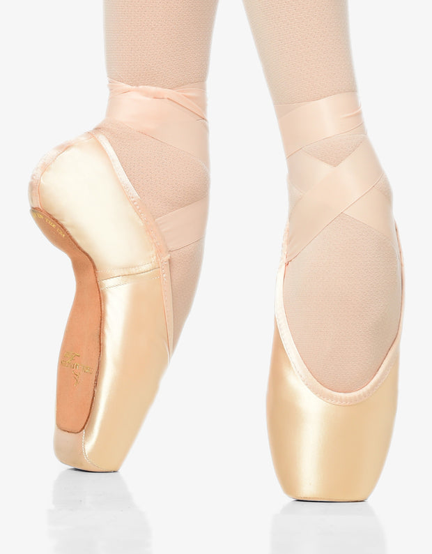 Gaynor Minden: Pointe Shoes, Sculpted Fit - 10.5W 5 box / Xtraflex / DV HH - U.S. MADE