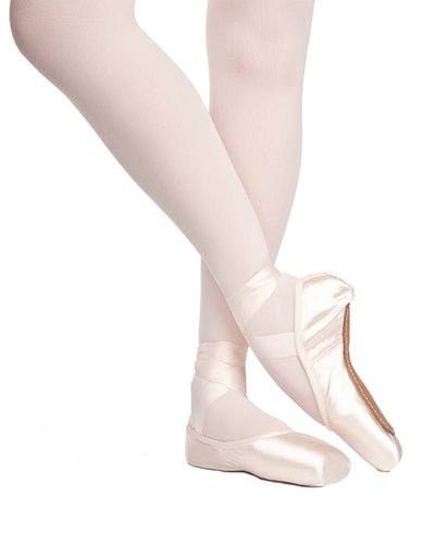 Russian Pointe: Pointe Shoe, Rubin FM