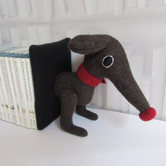 dachshund bookends front in brown by cdbdi