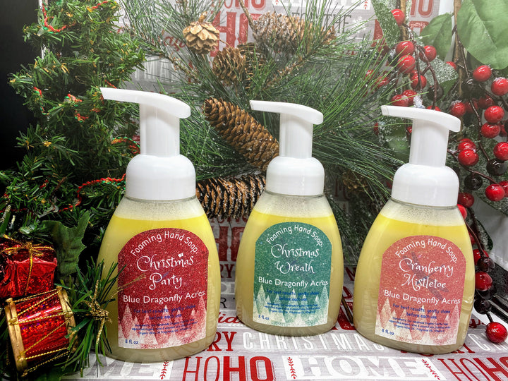 Christmas Foaming Hand Soap Gift Set - Christmas Wreath Hand Wash - Cranberry Mistletoe Hand Soap - Holiday Party Foaming Hand Wash - Blue Dragonfly Acres LLC