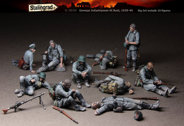 German Infantrymen at Rest, 1939-44 Big Set (10 figures)