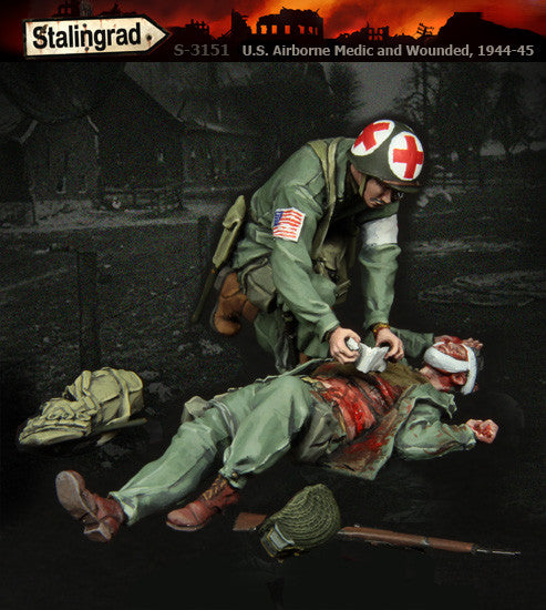 S3151 US Airborne Medic and Wounded, 1944-45