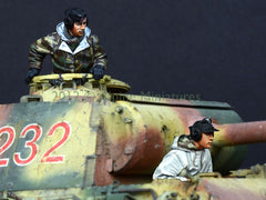 ALP35132 German Panther Crew Set (2fig)