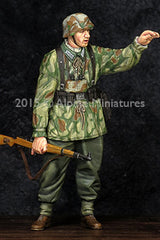 Alp35194 German Grenadier NCO