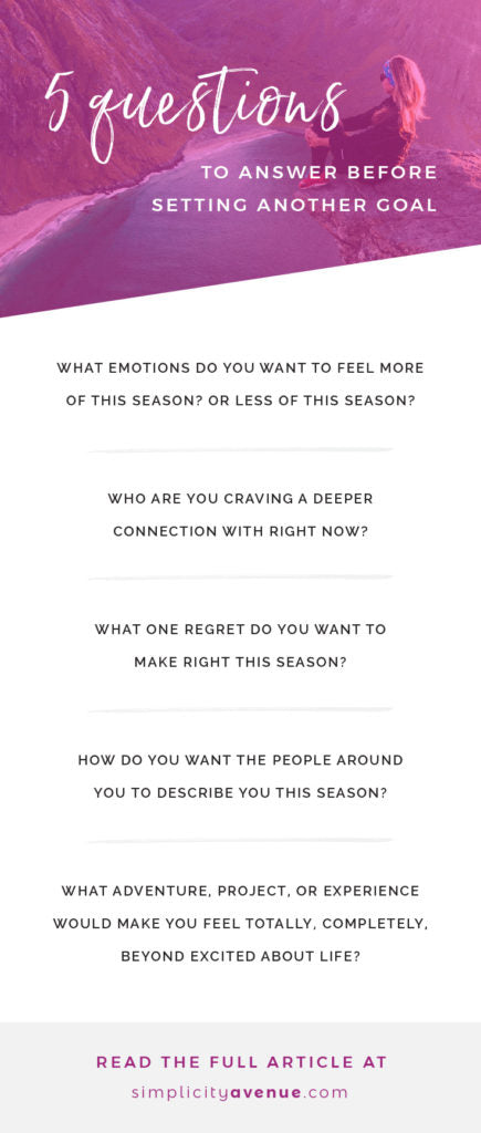 5 self reflection questions to help you set meaningful goals and create change in your life that matters. It all starts with a blank page (and your heart). Self reflection questions | Intentional living goal setting | Journaling prompts