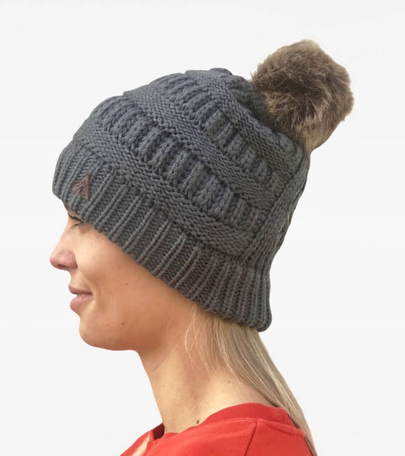 Bonnet queue de cheval gris ALSportswear Alexandra Ledermann Sportswear