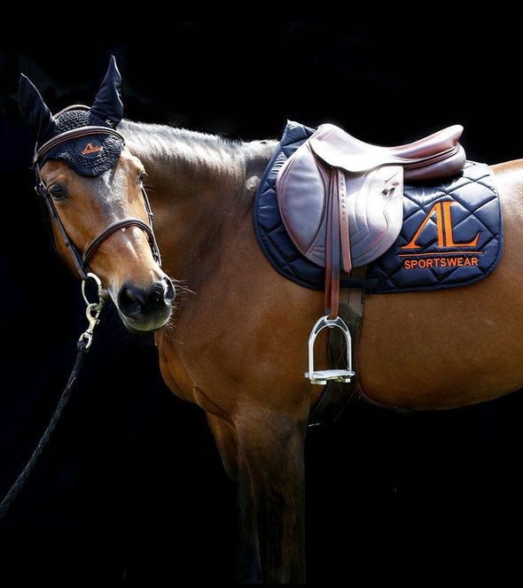 ensemble tapis bonnet cheval noir logo orange alexandra ledermann sportswear alsportswear