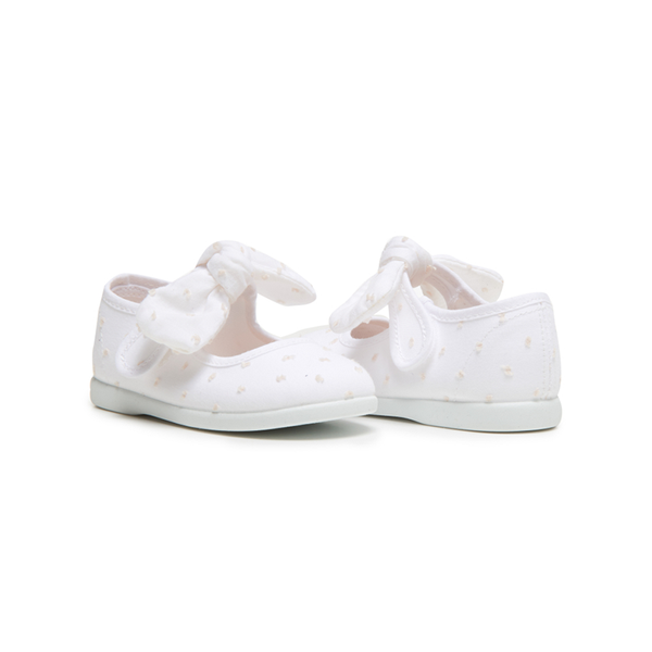 Girl's Childrenchic® Swiss-dot Bow Mary Janes