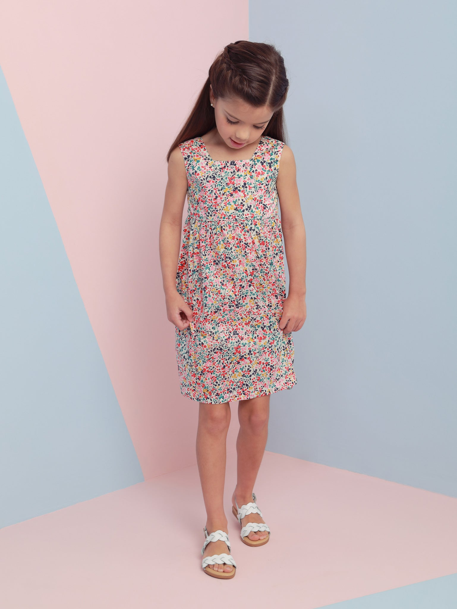 Girls' Modern Floral Back Bow Empire Dress