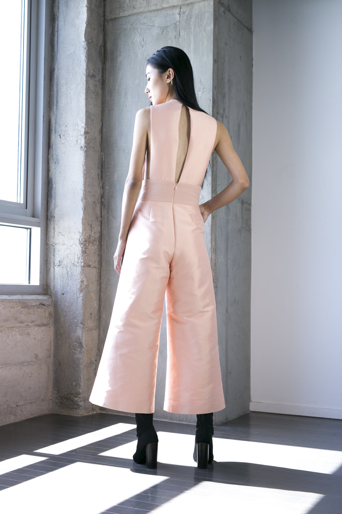 SALE | Zain Jumpsuit in Peach