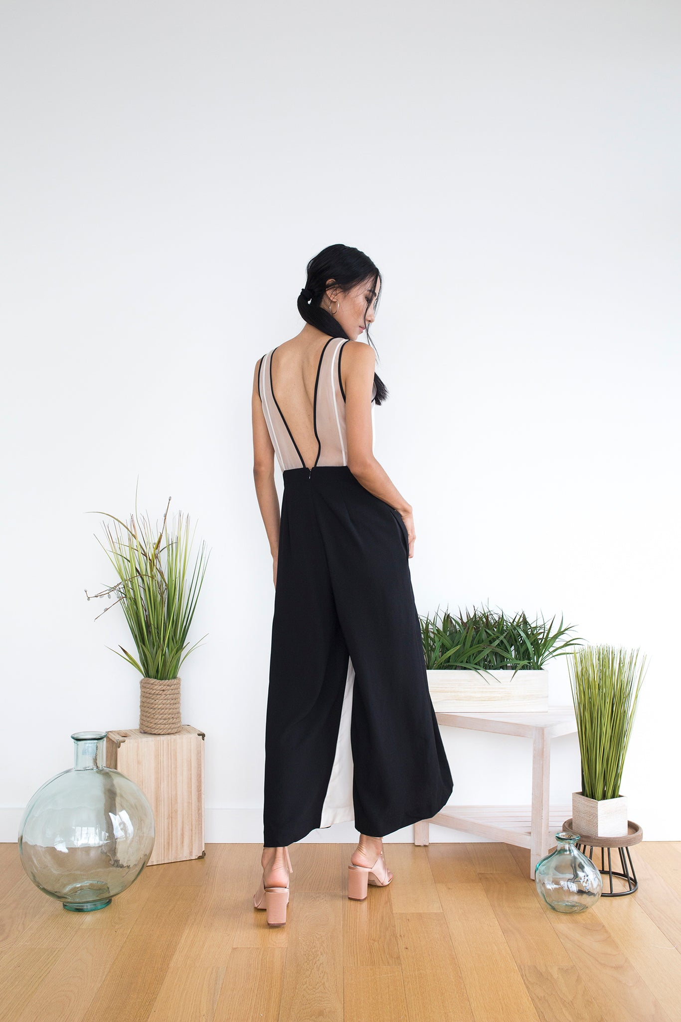 Brannie Jumpsuit in White Black