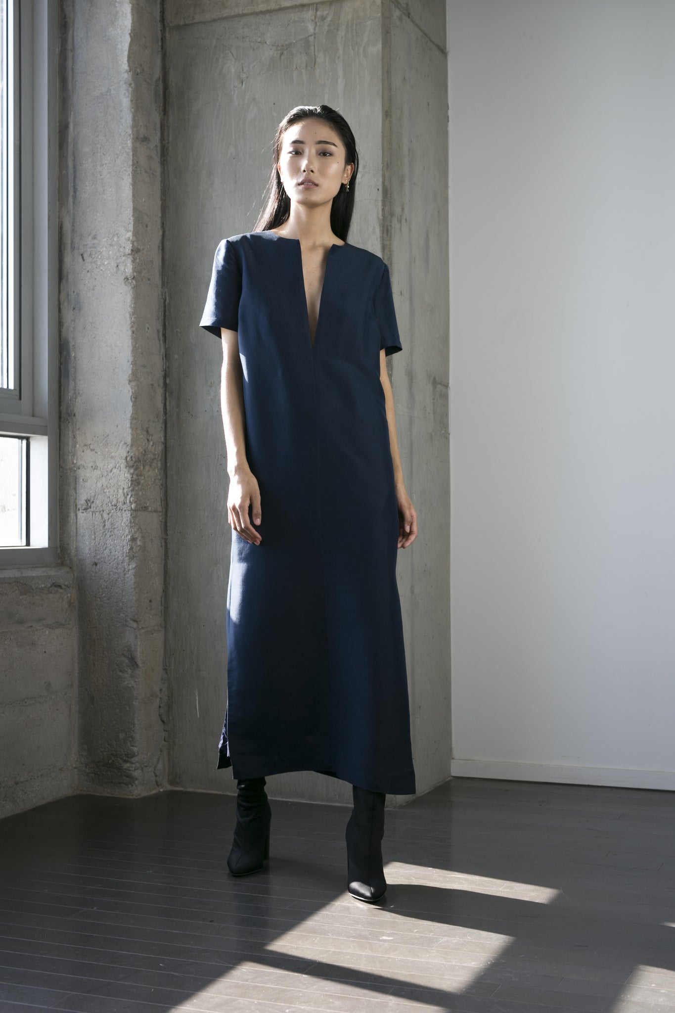 Annie Midi Dress in Navy
