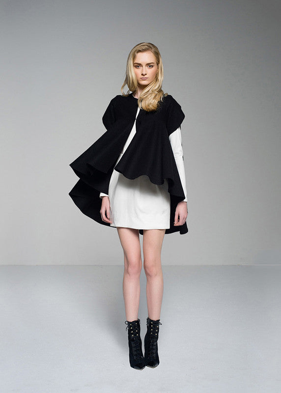 SALE | Tawny Coat in Black