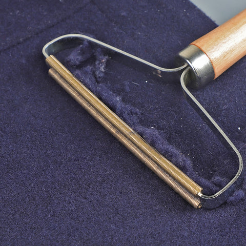 Image of Portable Lint Remover