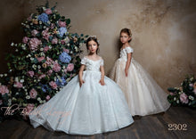 Load image into Gallery viewer, Ava Flower Girl Dress