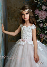 Load image into Gallery viewer, Mia Flower girl dress